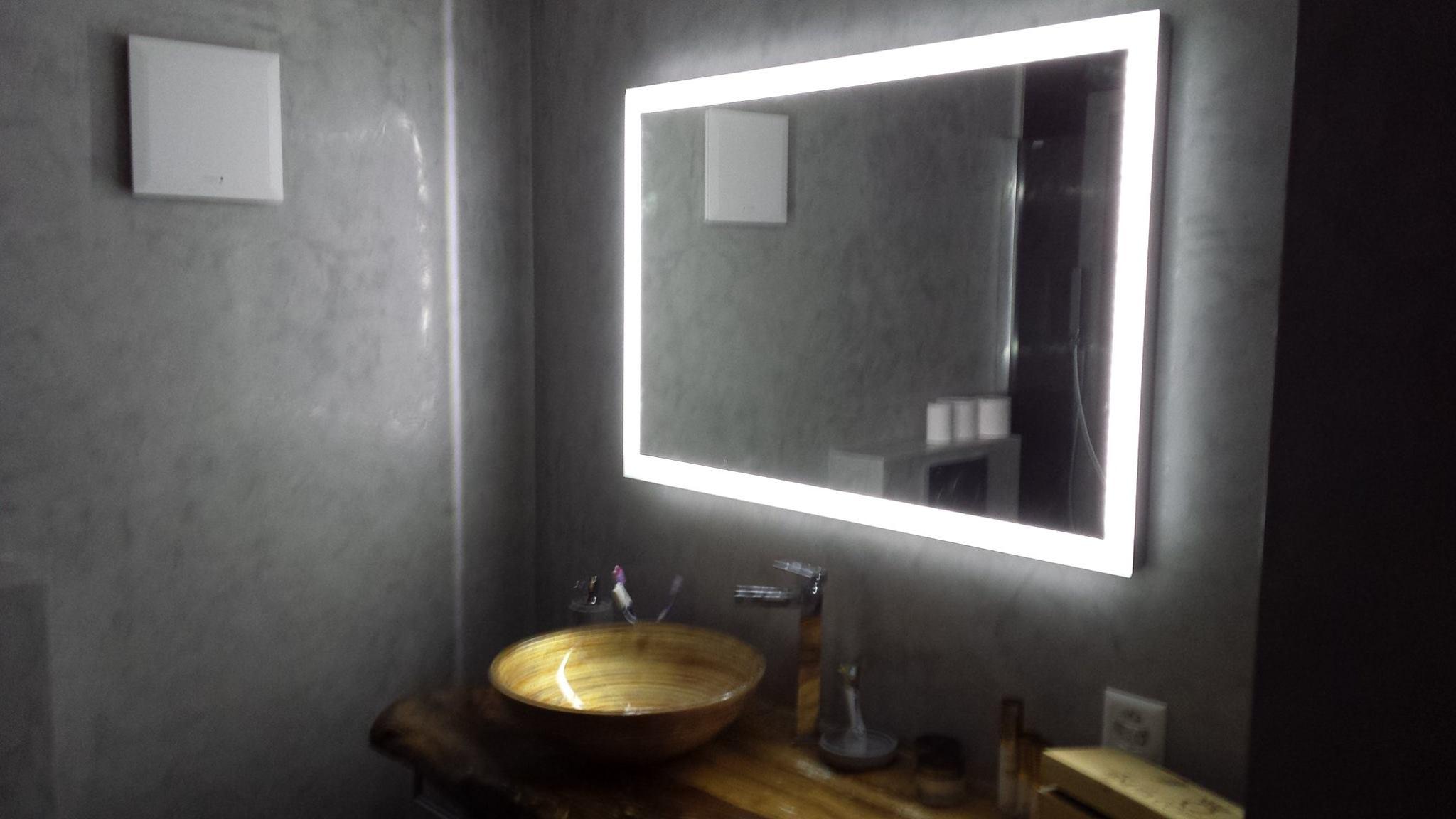 Bagno stucco veneziano foto sweet color impresa di - Pittura per piastrelle bagno ...
